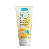 Beauty Formulas Vitamin E Foaming Facial Wash 150 ml